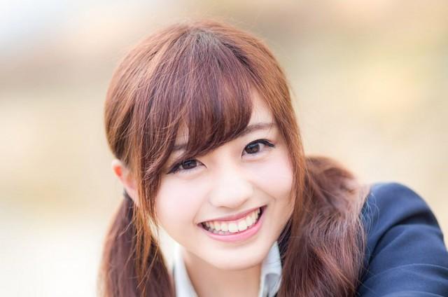 ぱくたそのフリー素材女性モデル河村友歌さんが可愛すぎる件【タイムスリップ女子高生】